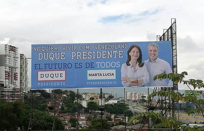 Bucaramanga: Indignación por vallas con mensaje de xenofobia que apoyan a Duque
