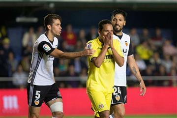 Carlos Bacca se clasificó con el Villareal a la Europa League