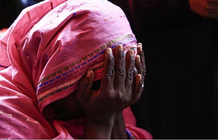Mujer sudanesa es condenada a pena de muerte por asesinar a su esposo violador
