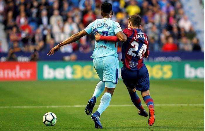 Yerry Mina: Valverde lo defendió tras las duras críticas de la prensa