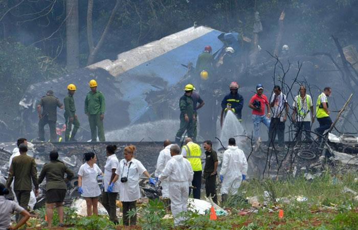 Restos del Boeing 737 de Cubana de Aviación que se estrelló poco después de despegar desde La Habana. Foto: AFP