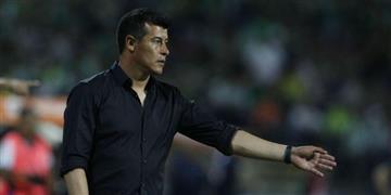 """Almirón: """"Fue una final sufrida y creo que el equipo merecía el triunfo"""""""
