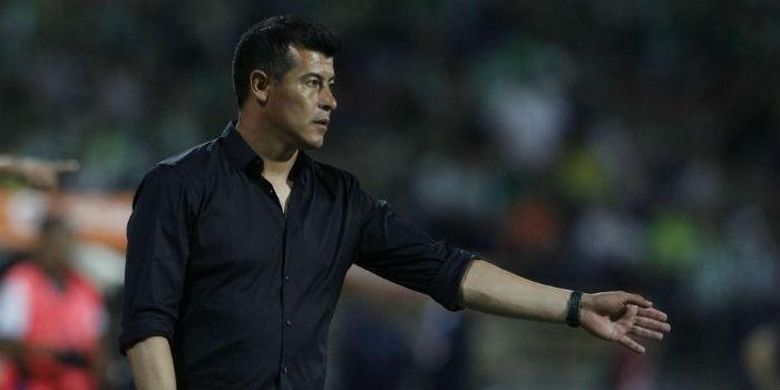 """Almirón: 'Fue una final sufrida y creo que el equipo merecía el triunfo"""""""