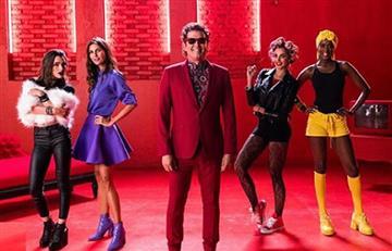 """Carlos Vives estrena video de """"Pinta Sensual"""" junto a sus hijas y presentadoras"""