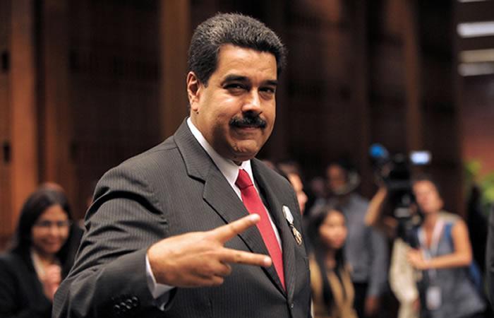 Maduro pide a futuro presidente de Colombia recomponer relaciones