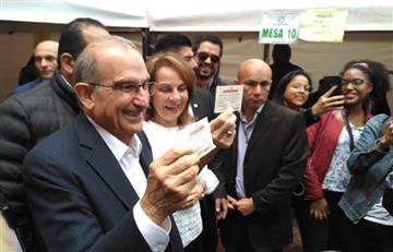 """De la Calle destaca que su voto fue en un """"ambiente de paz"""""""