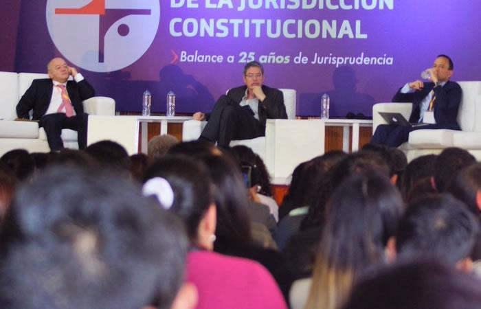 Corte tumba ley que prohibía ingreso de anarquistas y comunistas al país