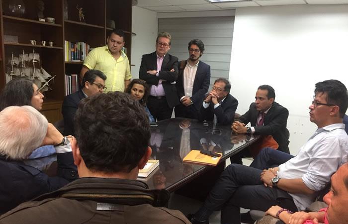 El Polo Democrático anuncia su apoyo a Gustavo Petro