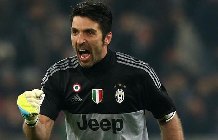Gianluigi Buffon fue suspendido durante tres partidos