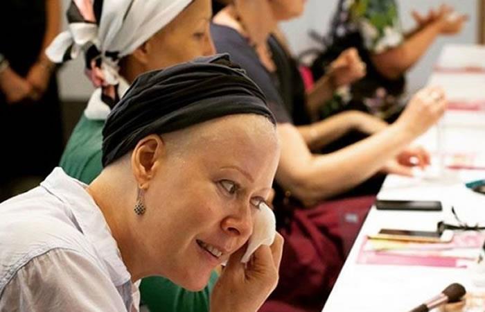 """""""Luzca Bien Siéntase Mejor"""", el programa que ayuda a las mujeres con cáncer"""
