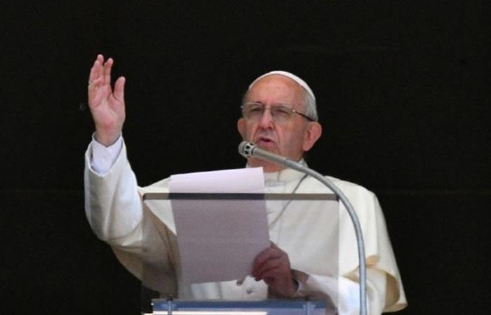 Papa Francisco acepta la renuncia de tres obispos chilenos