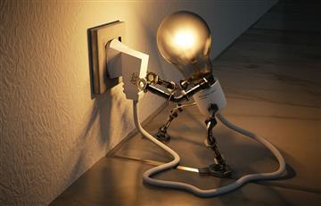 Españoles apuestan reducción de potencia de electricidad para ahorrar
