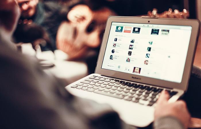 Foto: Pixabay. Engaños en internet.