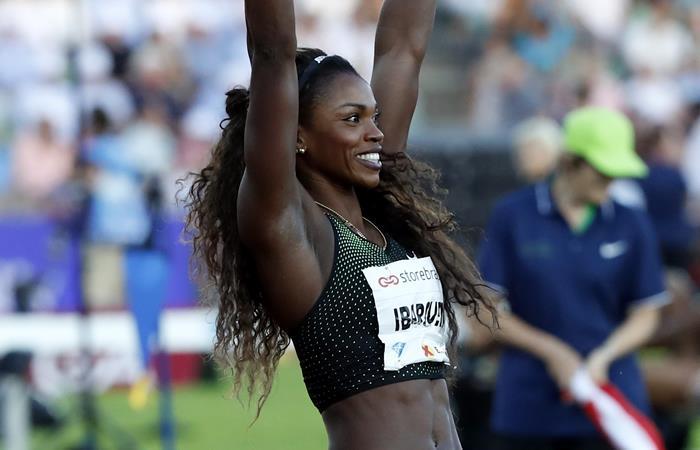 Caterine Ibargüen bate récord nacional