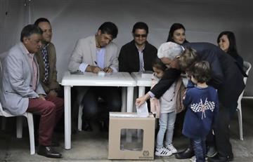Expresidente y senador Álvaro Uribe ejerció su derecho al voto