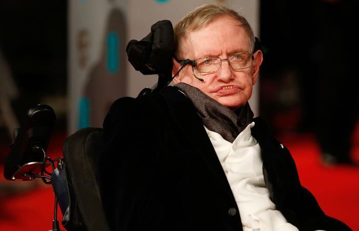 La voz de Stephen Hawking fue enviada a un agujero negro