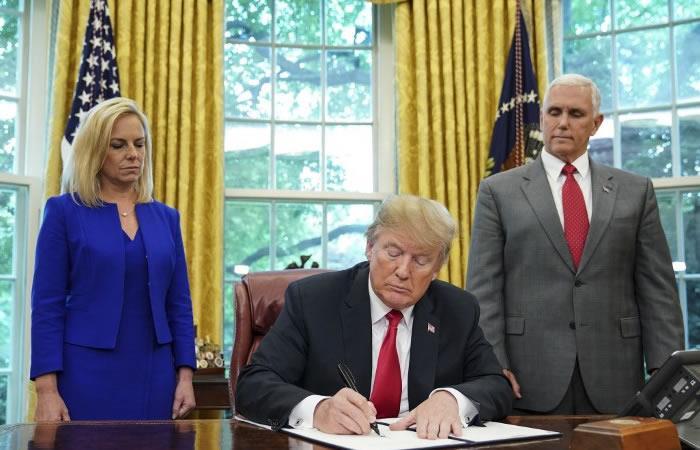 Trump firma decreto para dejar de separar familias migrantes