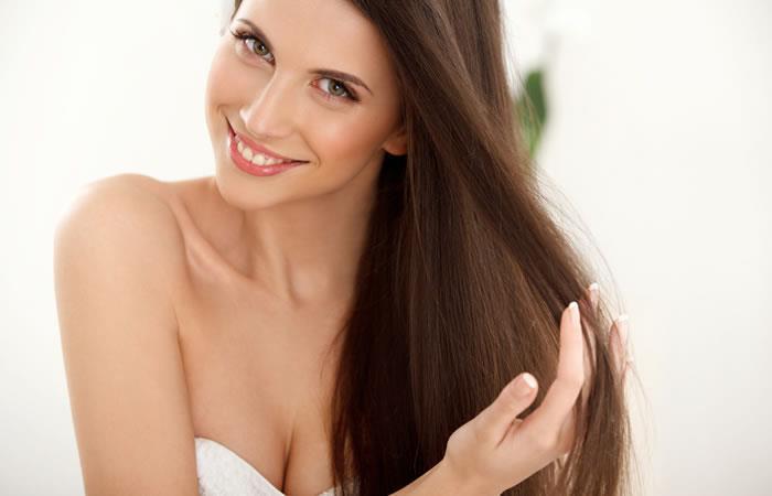Arreglar el cabello en casa, una buena manera de ahorrar