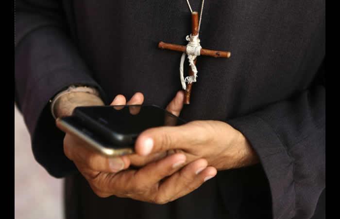 El vaticano condenó al sacerdote a cinco años de cárcel. Foto: AFP