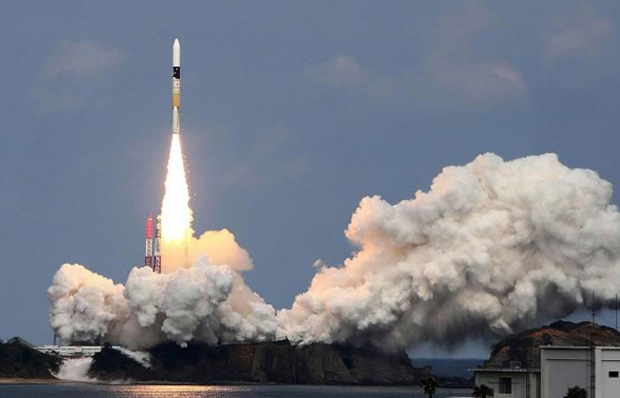 Sonda japonesa se aproxima a un asteroide para estudiar el origen de la vida