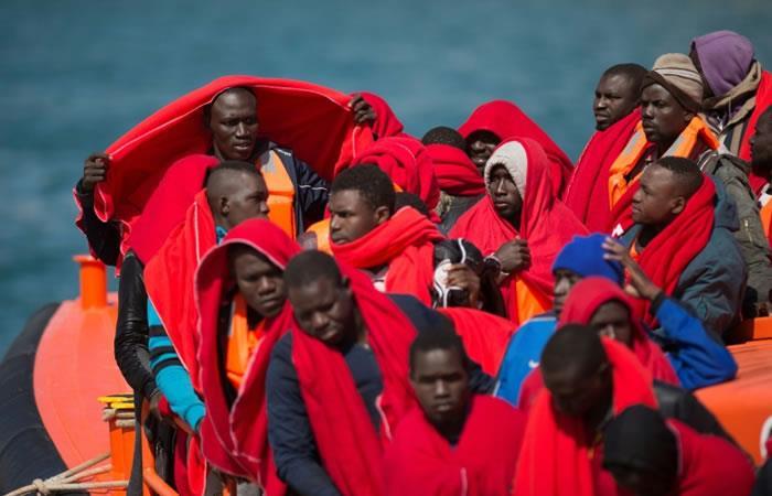 Proteger vidas sin ayudar a los traficantes, el dilema de las oenegés