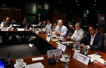 """Santos destaca desarme de las FARC con el desarrollo de la """"caficultura colombiana"""""""