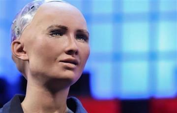 Nuevo primer ministro de Etiopía se reúne con la robot humanoide Sophia