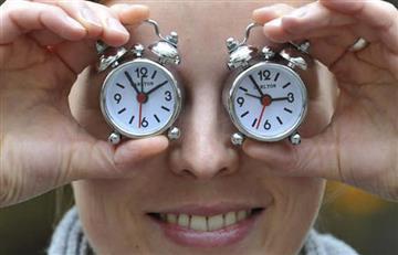 """El Nobel de Medicina Michael Young advierte: """"dormir poco acorta la vida"""""""