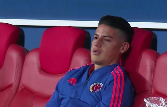 James Rodríguez destorzado tras la eliminación de la selección Colombia de Rusia 2018. Foto: Twitter