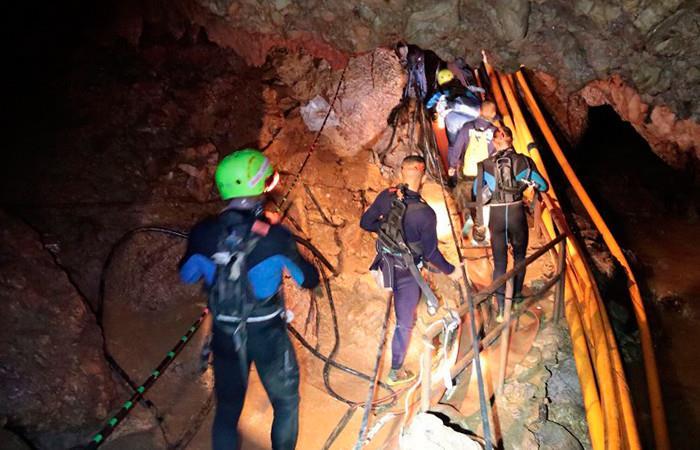 Tailandia: Inicia rescate de los doce niños atrapados en la cueva, EN VIVO