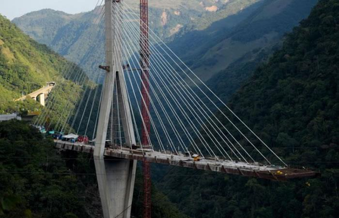 Se llevo a cabo la demolición completa del puente de Chirajara