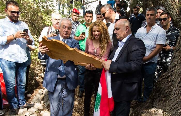 Shakira visita el pueblo de su abuela paterna en Líbano