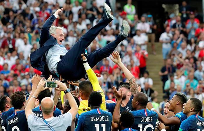 El técnico francés fue elevado . Foto: EFE