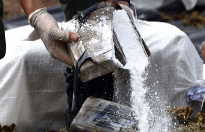 Incautan casi tres toneladas de cocaína en vía de Santa Marta