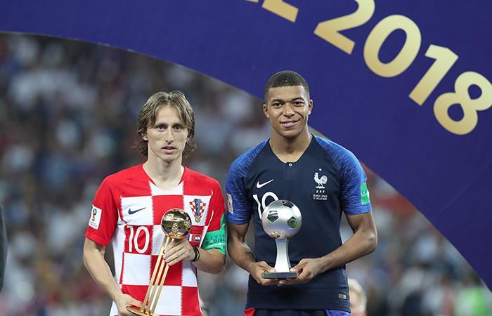 Mbappé y Modric Foto: AFP