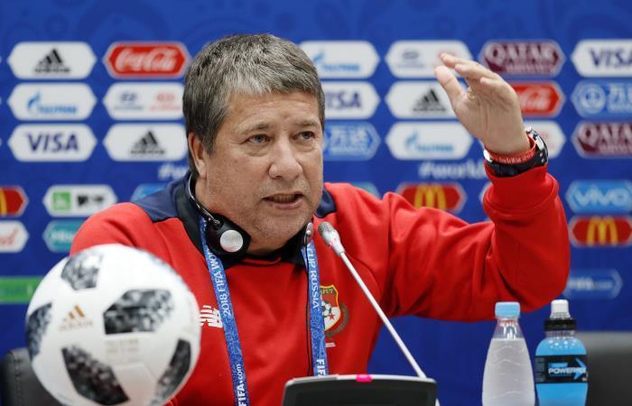 'Bolillo' Gómez deja de ser el DT de Panamá