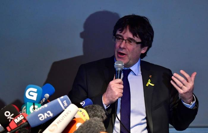 El expresidente catalán Carles Puigdemont en rueda de prensa en Berlín. Foto: AFP