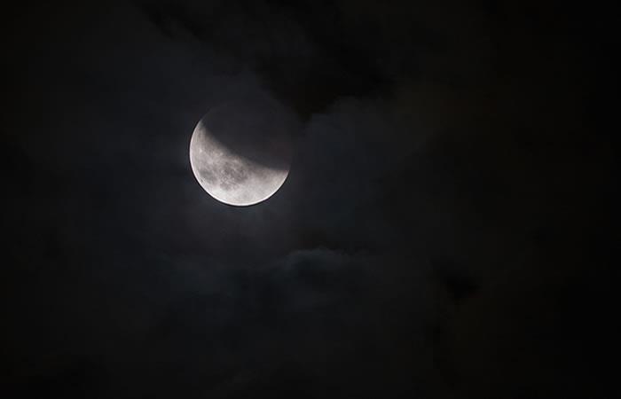 Científicos aseguran que la Luna fue habitable hace 4.000 millones de años