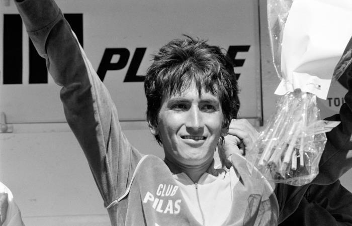 Lucho Herrera en su primer triunfo en un Tour de Francia. Foto: AFP