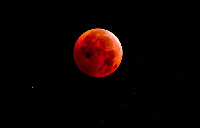 La Luna y Marte protagonizarán un espectáculo en el cielo el viernes