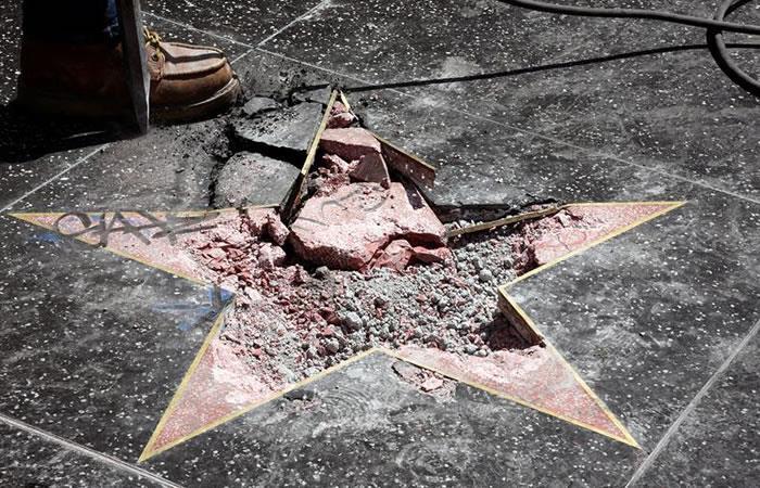 Así quedó la estrella de la fama de Donald Trump tras ataque