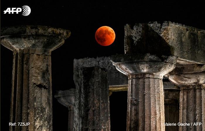 La luna de sangre deslumbró a quienes disfrutaron del eclipse del siglo