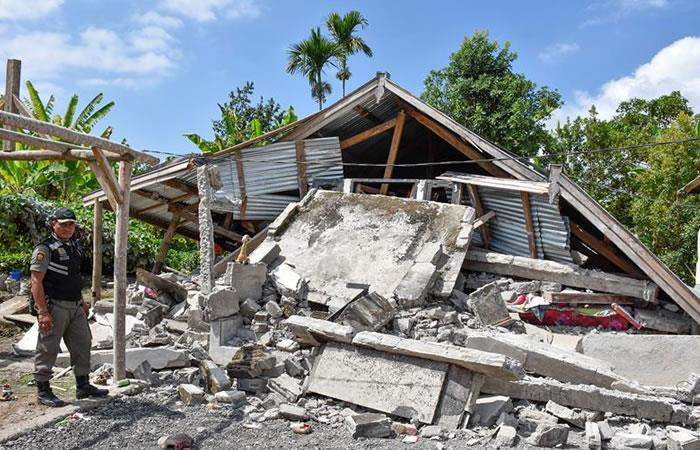 Indonesia: Sismo de 6,4 deja catorce muertos y 162 heridos