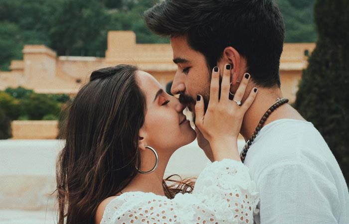 La pareja lo confirmó en sus redes. Foto: Twitter