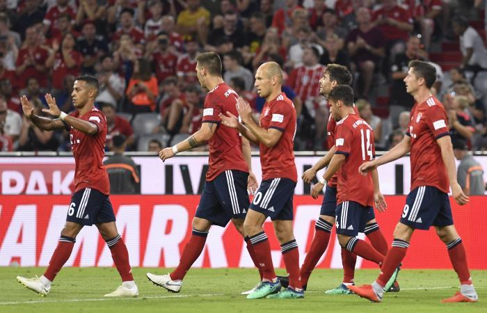 Bayern Múnich derrotó al Manchester United con gol de Javi Martínez. Foto: EFE