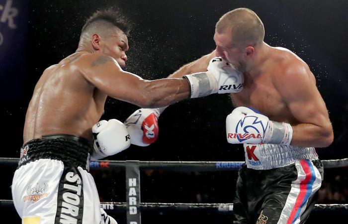 Eléider Álvarez en su pelea ante Sergey Kovalev. Foto: AFP