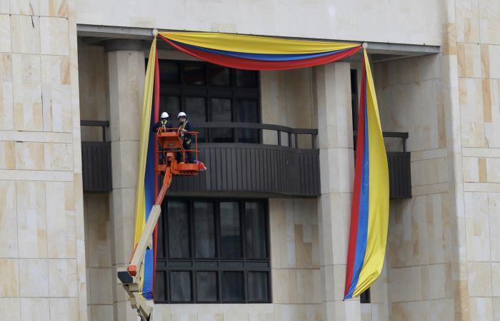 Preparativos para la investidura del presidente electo Iván Duque. Foto. EFE.