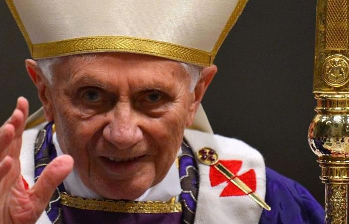 Falso mensaje en redes sociales sobre muerte del papa Benedicto XVI
