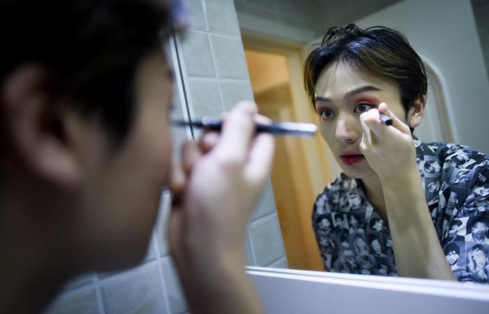 Los hombres son cada vez más amantes del maquillaje