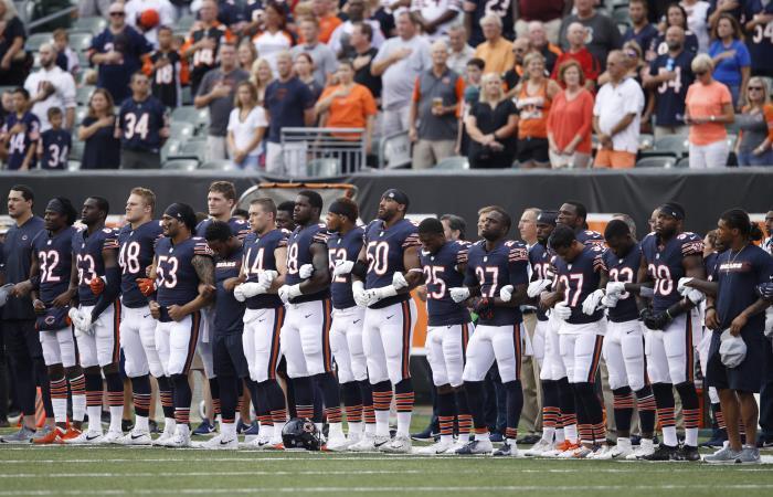Trump pide no pagar a jugadores de NFL que protesten en el himno